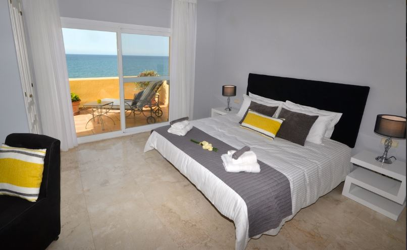 Blue Bay Beach Penthouse