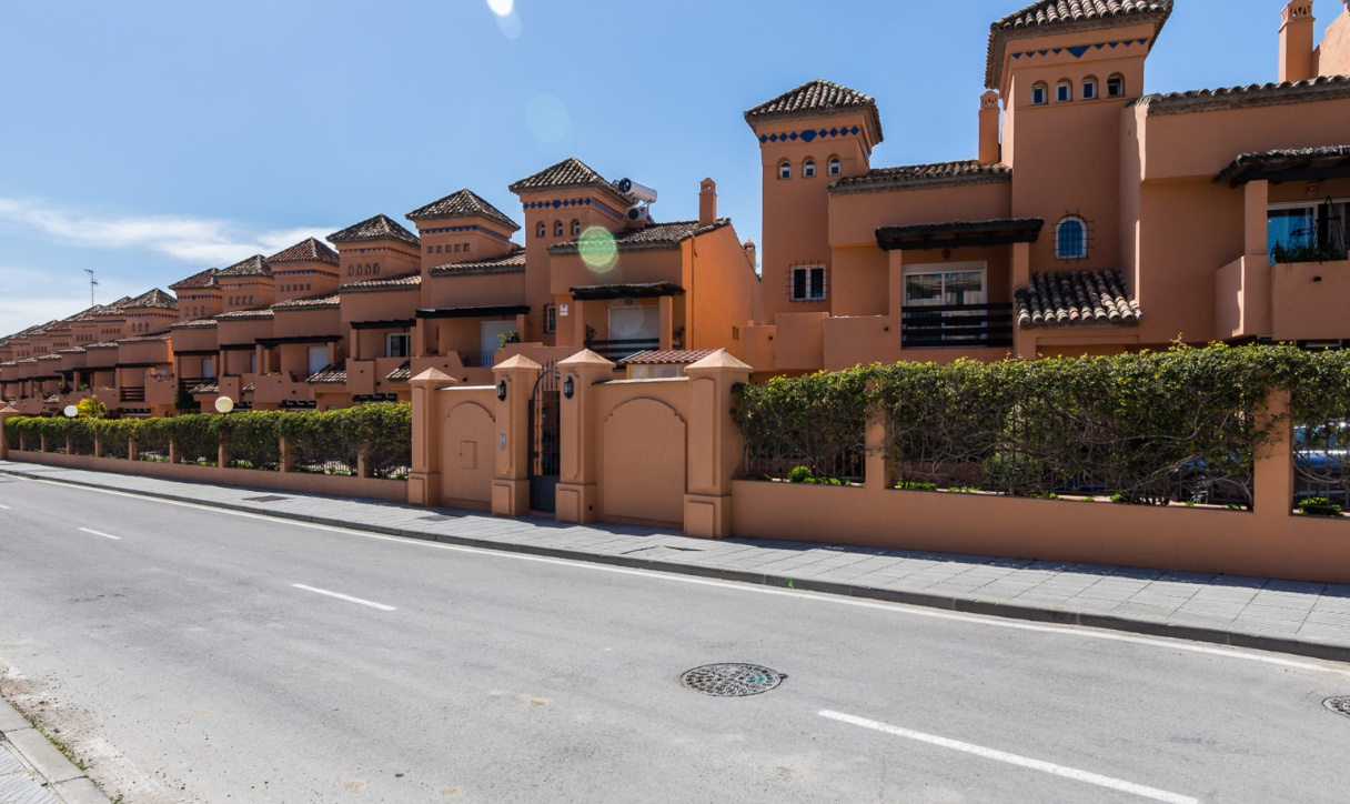 Casa Lomas Puente Romano