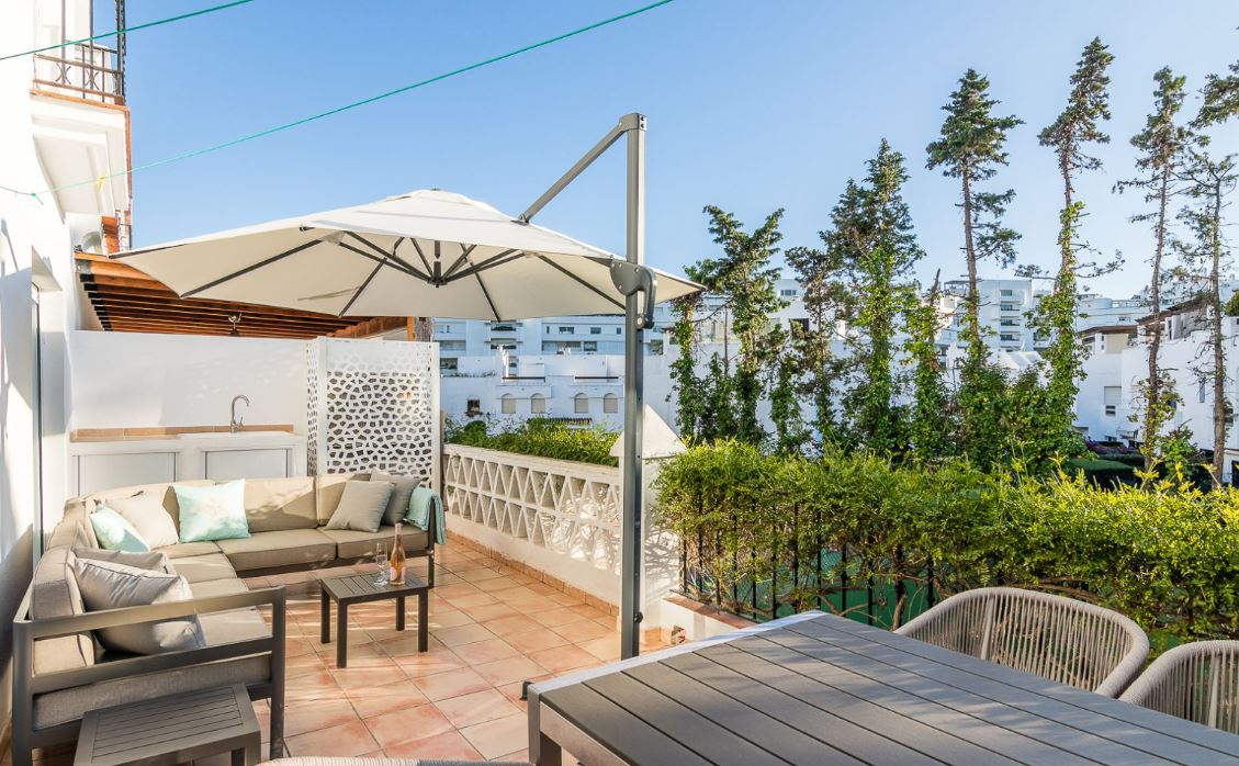 Guadalbaja beach Apartments