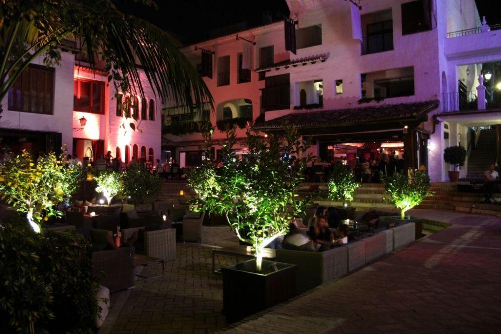 Plaza Village