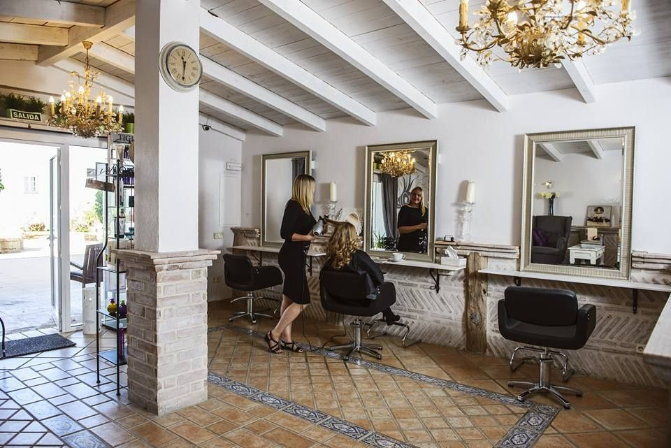 La Vida by Vera Hair Salon in Marbella