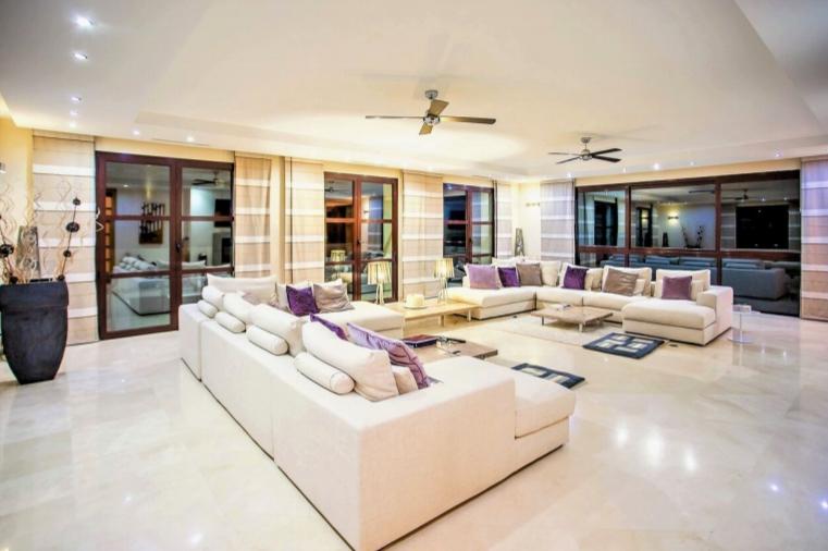 Villa Abbie II
