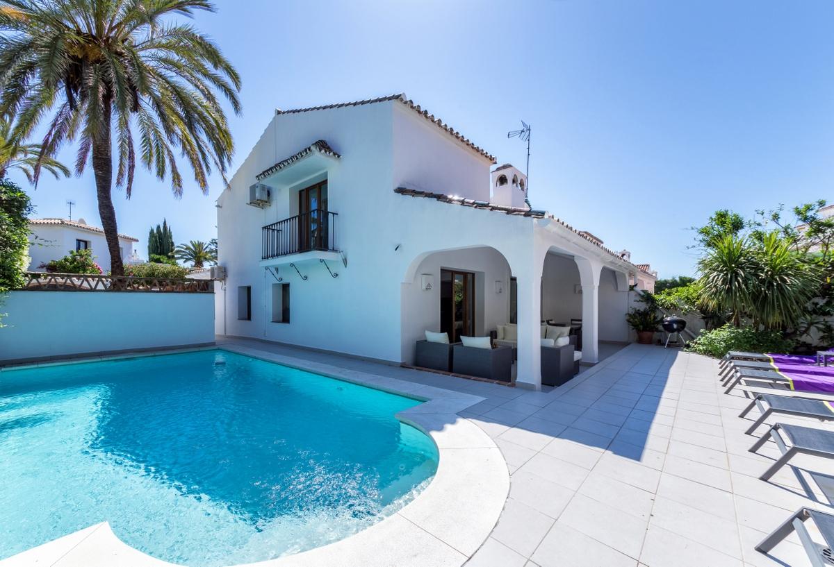 Villa Rio Verde Playa 3